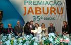 O artista plástico Nonatto Coelho recebeu um Diploma de destaque Cultural do ano de 2015, nesta última segunda-feira (16/11/2015) em Cerimônia de entrega do Troféu Jaburu, realizada pelo Conselho Estadual de                   Cultura.