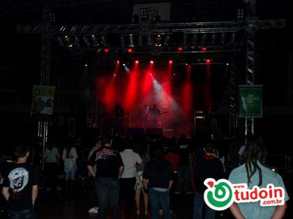 TUDOIN - Galerias de Imagens - Goiaba Rock 2009