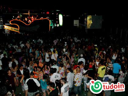 TUDOIN - Galerias de Imagens - Baile do Havaí 2009