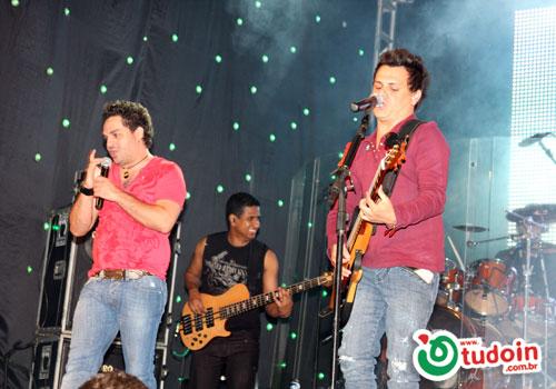 TUDOIN - Galerias de Imagens - Festa Peão Itauçu 17/09/2010