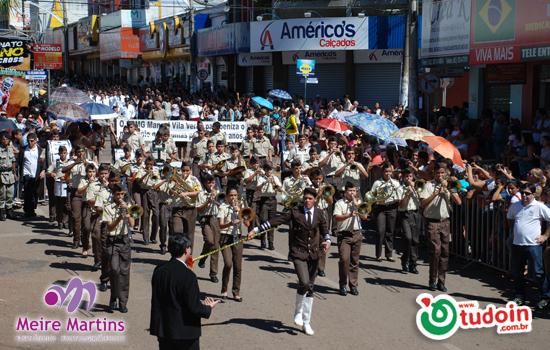 TUDOIN - Galerias de Imagens - Desfile Cívico em comemoração aos 83 Anos de Inhumas