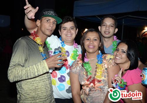 TUDOIN - Galerias de Imagens - Baile do Hawaí - 2014