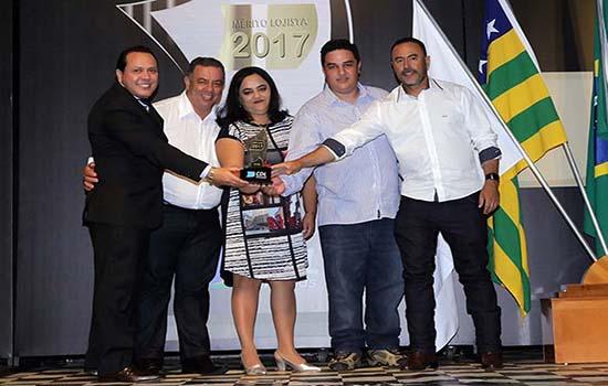 https://www.tudoin.com.br/galeria/merito-lojista-2017.html