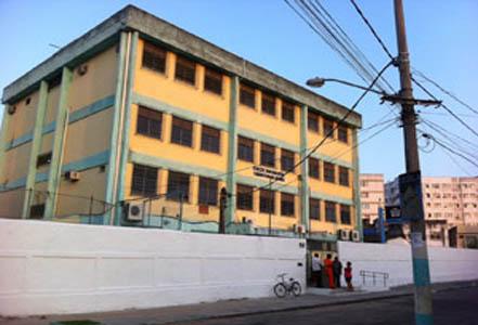 Escola Tasso da Silveira reabre 11 dias depois da tragédia