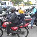 Inhumas e suas motos