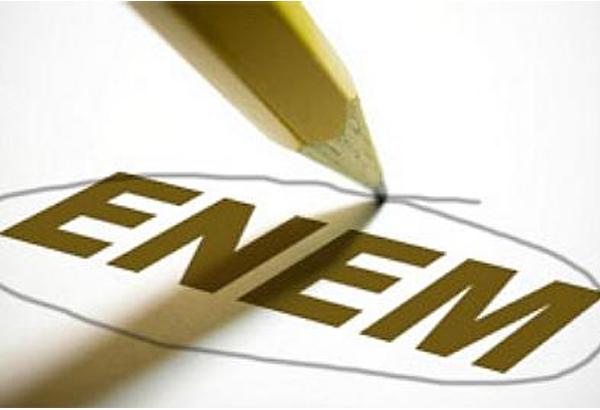 Estudantes têm até sexta-feira para fazer inscrição no ENEM