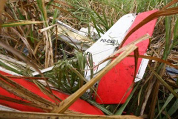 Avião de pequeno porte cai na região de Inhumas