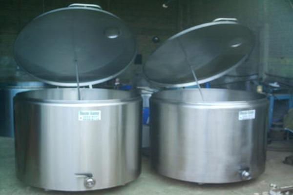 Tanques de expansão para resfriamento de leite em Inhuma