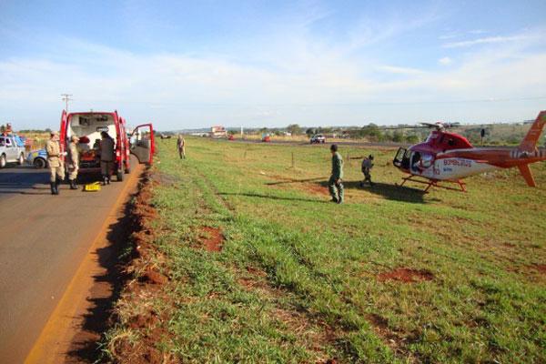 CBM de Inhumas utilizam helicóptero em acidente na GO-070