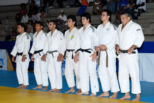 Equipe de Inhumas está no Grand Prix Nacional de Judô 2011
