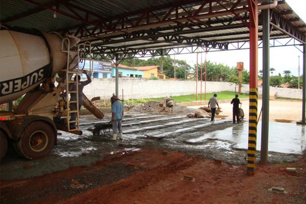 Bombeiros de Inhumas ganham melhoria com construção de garagem operacional
