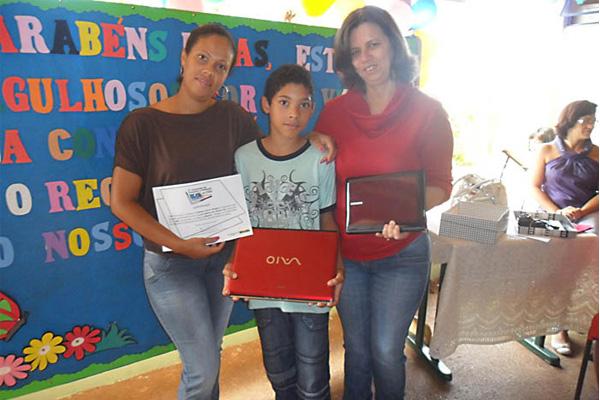 Estudante inhumense é premiado no 5º Concurso de Redação da CGU