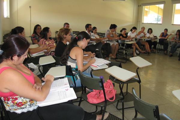 IFG Inhumas promove curso sobre orientação sexual na escola