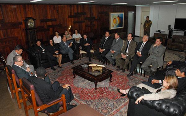Representantes das Subseções da OAB de Inhumas e Morrinhos Participaram de uma Reunião no TJGO.