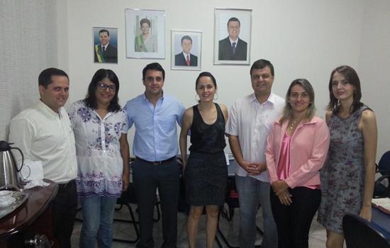 Reunião com a equipe de Justiça Terapêutica