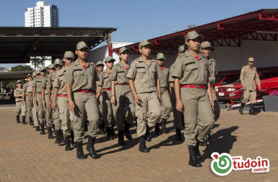 9ª Companhia Independete Bombeiro Militar de Inhumas realiza intrução com alunos do Projeto Bombeiro Mirim