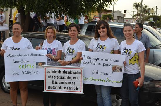 "Protesto ""Inhumas Abandonada"""
