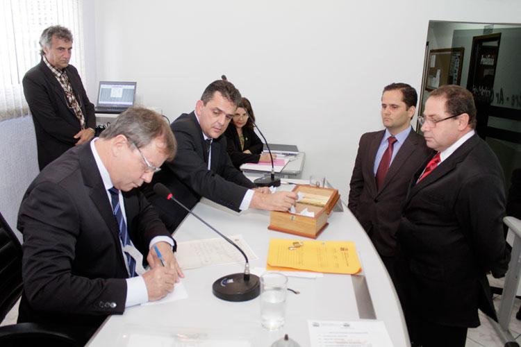 Requerimentos aprovados na Câmara em fevereiro de 2015