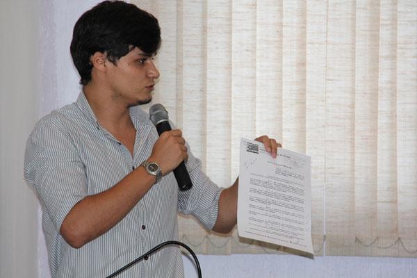 Alunos bolsistas da UNI-Anhanguera pediram apoio aos vereadores da Câmara Municipal de Inhumas