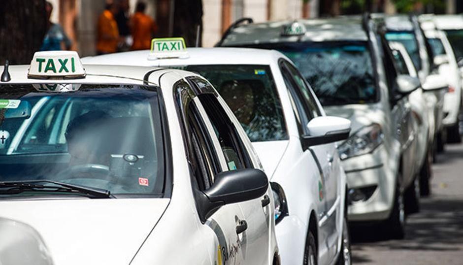 Taxistas de Goiânia podem oferecer descontos nas corridas
