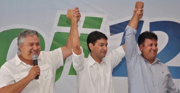 Dioji Ikeda (para prefeito) e Edvaldo da Cosmed (vice-prefeito)